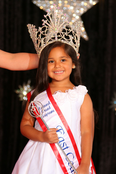 Grand Supreme East Coast USA Pageant Regina Meja