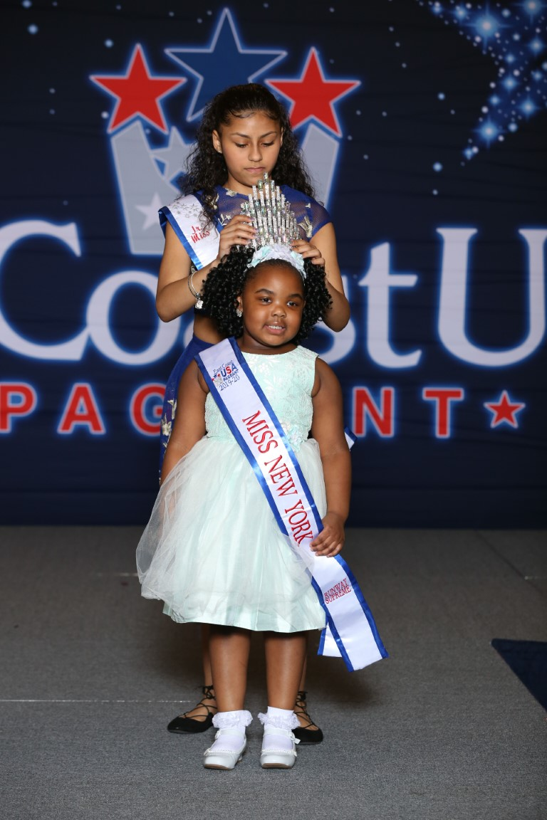 Overall Runway Miss New York Supreme Gia'Renee Smith